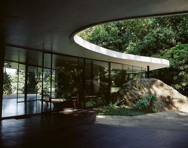 Оскар Нимейер. Casa de Canoes. Фотографии предоставлены организаторами выставки