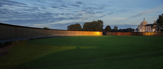 Международный мемориал Нотр-Дам-де-Лорретт. Фото: Philippe Prost, architecte/AAPP© adagp2014 © Aitor ORTIZ