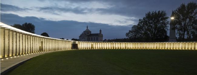"Международный мемориал Нотр-Дам-де-Лорретт. Фото: Philippe Prost, architecte/AAPP © adagp – Yann Toma, ""La Grande Veilleuse""© adagp, 2014 © Aitor ORTIZ"