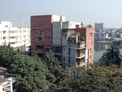 Shatotto – дом «Мизан».  Дакка, Бангладеш. Почетная премия