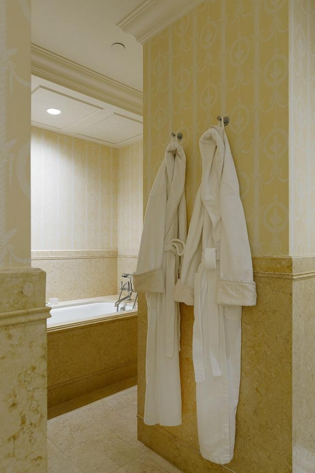 Отель Four Seasons Lion Palace. Фотография предоставлена компанией Dornbracht