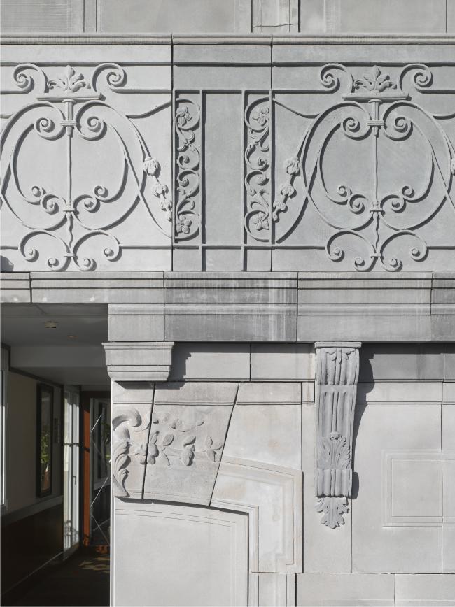 Отель Barrière Le Fouquet′s © Luc Boegly