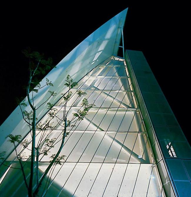 Павильон Дании  на Expo-92 в Севилье. Проект, принесший KHR широкую известность. Предоставлено Velux