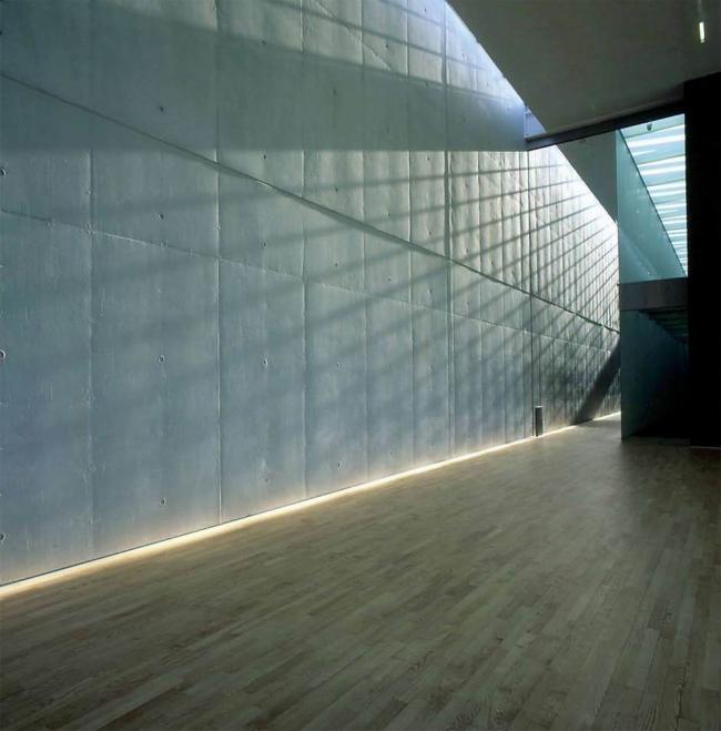 Штаб-квартира Bang & Olufsen в Струере. Верхний естественный свет – обязательное условие для безоконных помещений. Предоставлено Velux