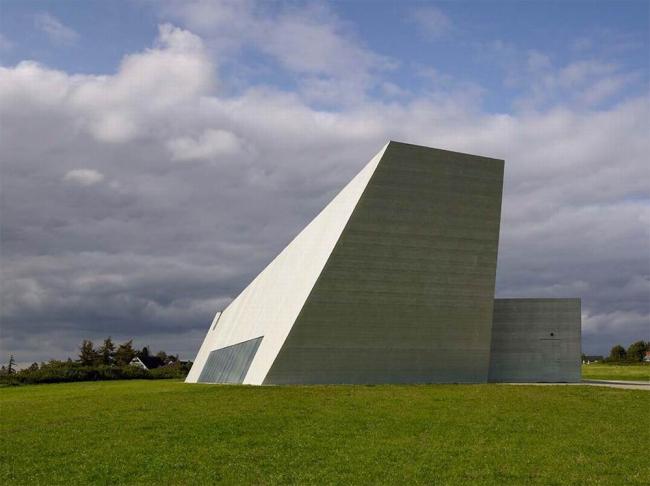 Церковь Святого Креста на острове Сьелланд.Предоставлено Velux