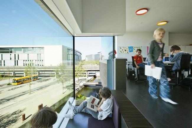 Школа и библиотека в копенгагенском районе Эрестад. Предоставлено компанией Velux