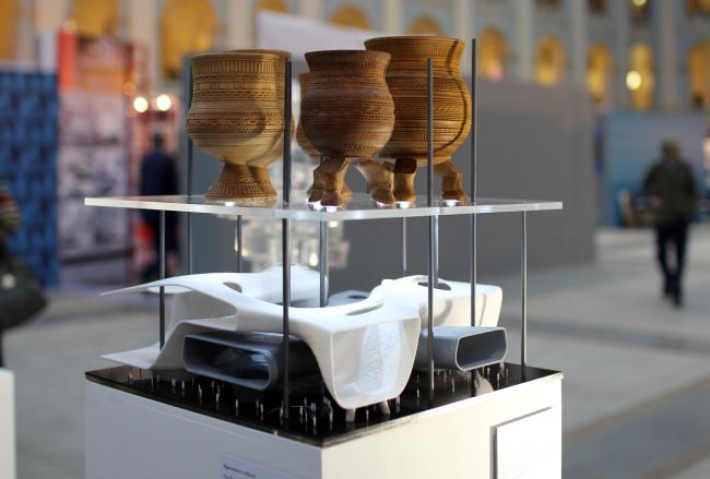 "Object by Vera Butko and Anton Nadtochiy. ""Genetic Code"" Project by Elena Petukhova. ""Zodchestvo"" 2014. Photo © Julia Tarabarina, Archi.ru"