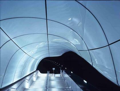 Станции канатной дороги Хунгербургбан © Helene Binet