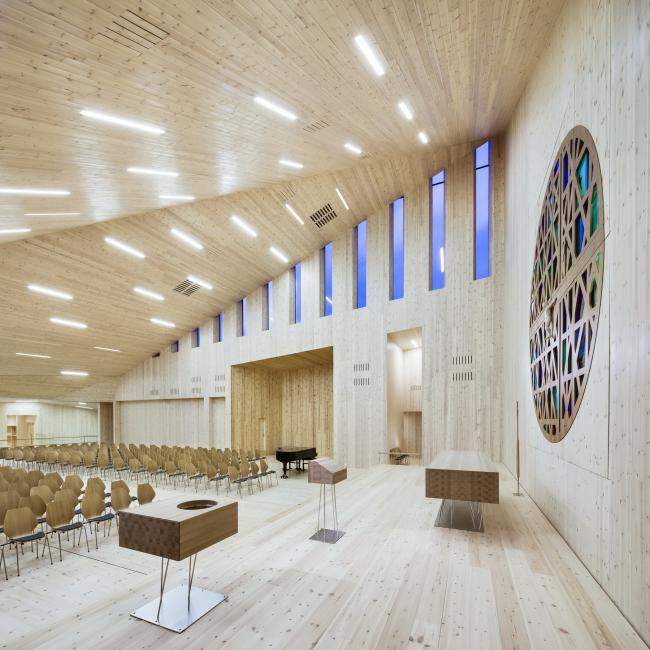 Общинная церковь в Кнарвике © Hundven-Clements Photography