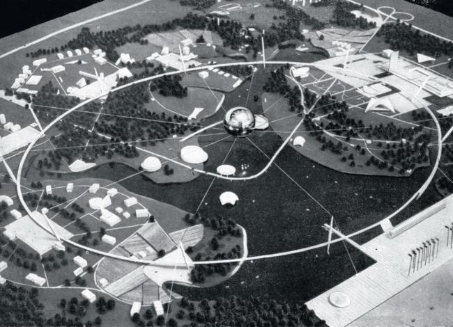 М.В. Посохин, В.А. Свирский и Б.И. Тхор. Конкурсный проект ансамбля Всемирной выставки 1967 в Москве. Фото с макета
