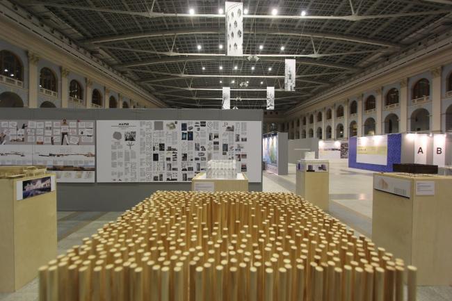 Экспозиция раздела «Будущее. Метод» на «Зодчестве»-2014. Фотография предоставлена Оскаром Мамлеевым