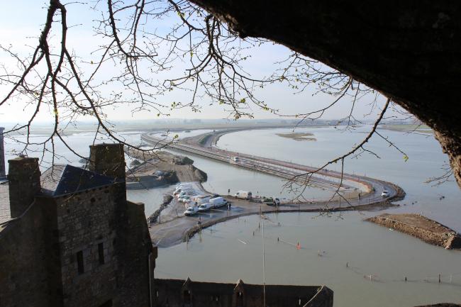 Мост и пирс острова Мон-Сен-Мишель © Dietmar Feichtinger Architectes /Mathias Neveling