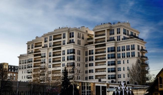 Жилой комплекс «Андреевский». Фотография с сайта бюро «Архитектурно-художественные мастерские архитекторов Величкина и Голованова»