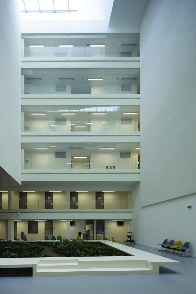 Институт генетических болезней Imagine больницы Неккер. Ateliers Jean Nouvel & Valero Gadan Architectes. Фото: Patrick H. Müller