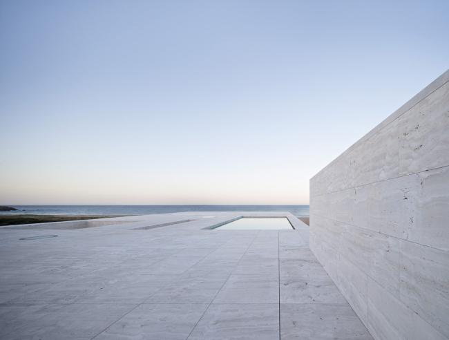 """Вилла «Дом бесконечности» – """"Дом VT""""  © Javier Callejas"""