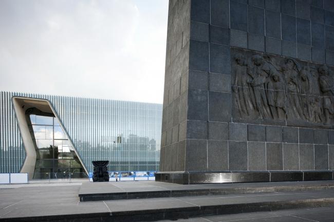 Музей истории польских евреев и Памятник Героям гетто © Juha Salminen