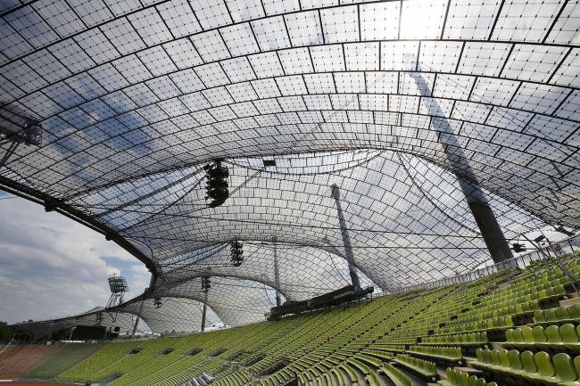 Олимпийский комплекс в Мюнхене. 1972. Совместно с Гюнтером Бенишем © Atelier Frei Otto Warmbronn