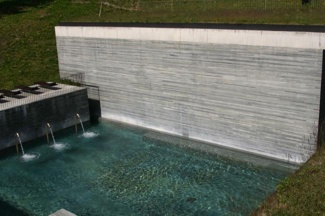 Термальные бани в Вальсе. Фотограф p2cl @ Flickr.com. Лицензия Attribution-ShareAlike 2.0 Generic (CC BY-SA 2.0)