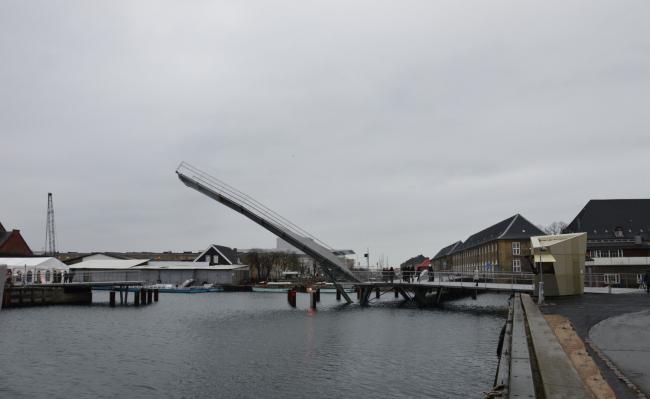 Мосты для пешеходов и велосипедистов через каналы Кристиансхаун и Транграун © Barbara Feichtinger-Felber
