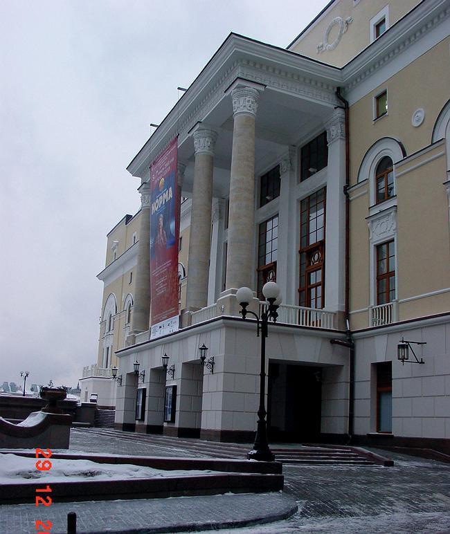 Реконструкция филиала Большого театра © мастерская Павла Андреева, 1996-2002
