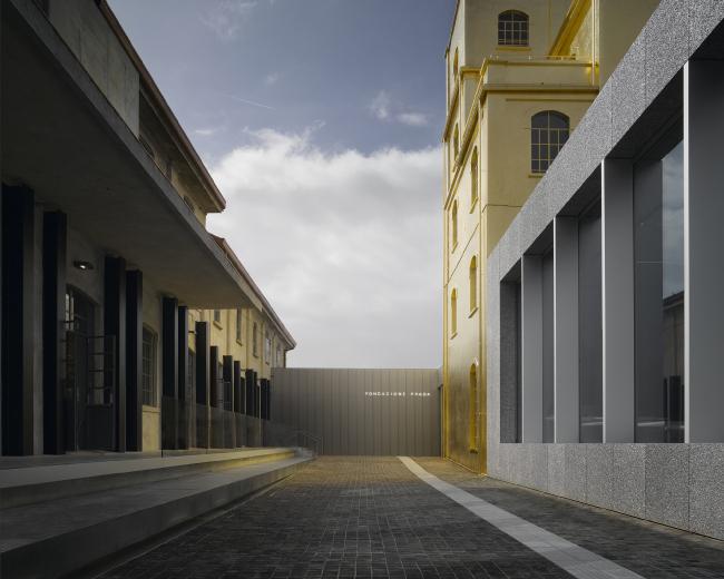 Комплекс Фонда Prada. Фото: Bas Princen