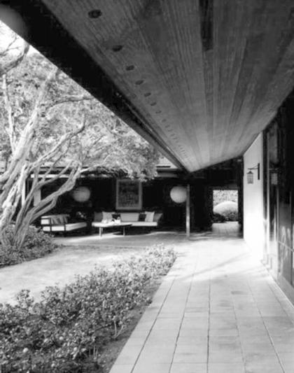 Владимир Осипов. Дом Гудсилл-Хаус. Гонолулу, 1952. Вид внутреннего двора
