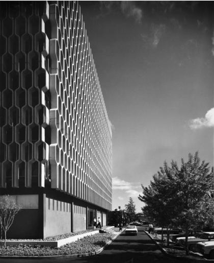 Владимир Осипов. Здание компании IBM. Гонолулу, 1962