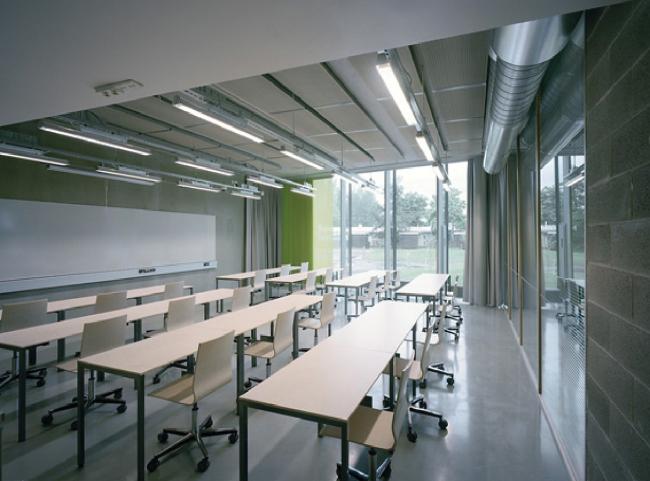 Школа Enter в городе Сипоо. Изображение предоставлено компанией Martela и K2S Architects
