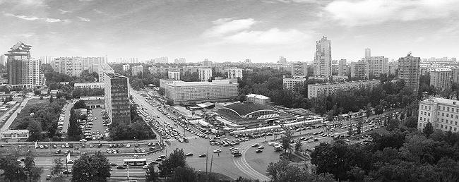 Перекресток улицы Вавилова и Ломоносовского проспекта. Конец 20 века. В середине Черемушкинский рынок