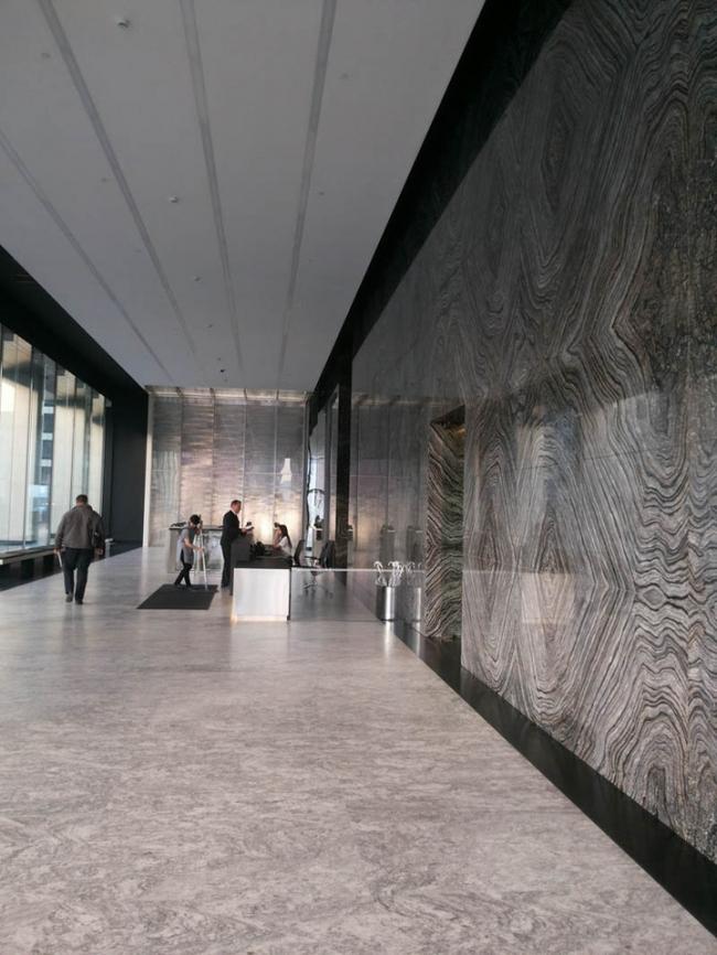 Номинация «Входная зона бизнес-центра». Заказчик: AB Development. Авторы: архитектурное бюро Aukett Swanke