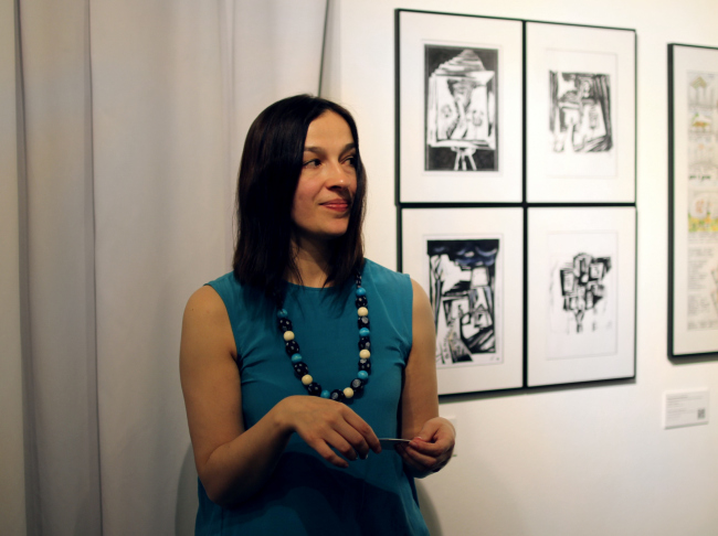 Екатерина Шалина на выставке «Архиграфика». Фотография © Юлия Тарабарина, Архи.ру