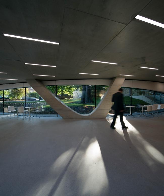 Корпус Investcorp Центра Ближнего Востока Колледжа Сент-Энтони Оксфордского университета © Luke Hayes