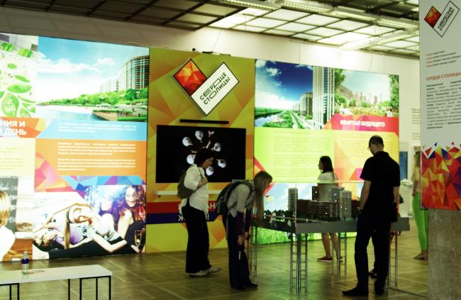 Экспозиция «Архитектурная политика». Фотография Аллы Павликовой