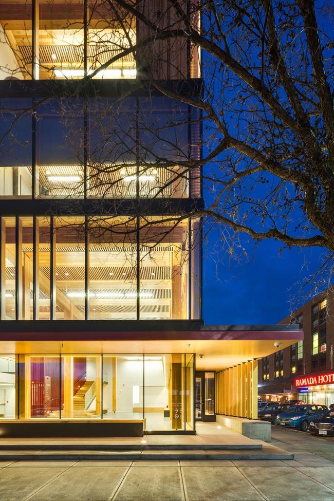 Центр инновационного проектирования из дерева. Фото: Ema Peter