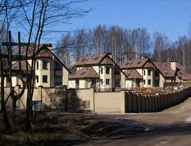 Клубный поселок «Лукоморье». Фото предоставлено компанией Славдом