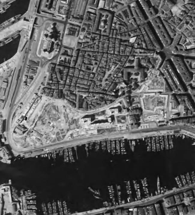 Территория Старого порта после реконструкции 1940-50-х гг. © Google Earth