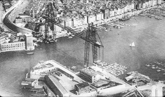 Старый порт и мост-паром до войны. Изображение: http://tourisme-marseille.com/pont-transbordeur-de-marseille.html