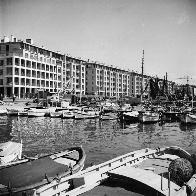 Дома на набережной. Фото сер. 1950-х гг.