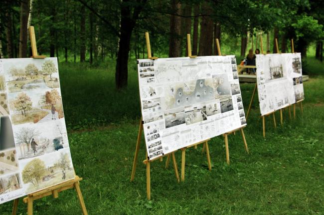 Экспозиция дипломных проектов выпускников МАРХИ, выполненные под руководством Оскара Мамлеева © Дмитрий Павликов