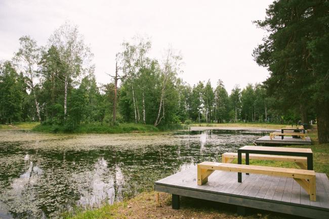 Озеро Лебединка. Руководитель проекта Артем Черников. Фотография предоставлена организаторами «Арт-Оврага»