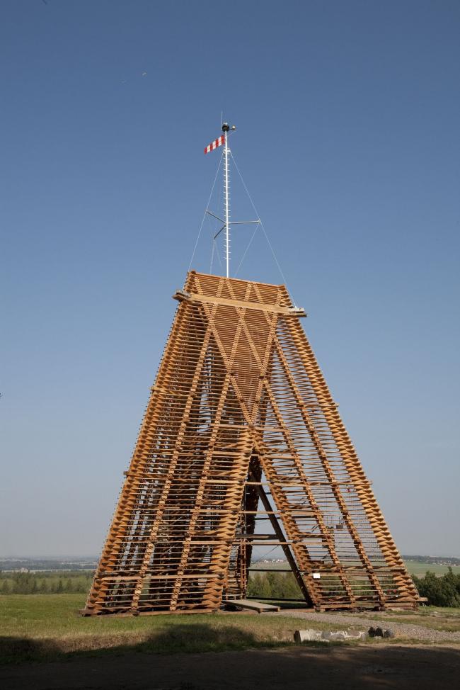 Башня Бара II. Фото предоставлено Галереей ВХУТЕМАС