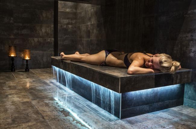 Horizontal Shower. Фотография предоставлена компанией Dornbracht