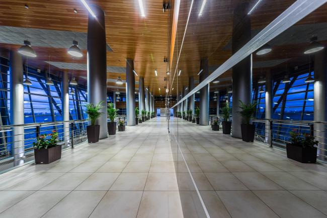 Морской пассажирский терминал. Вокзал №3 (паромный) © «А.Лен»