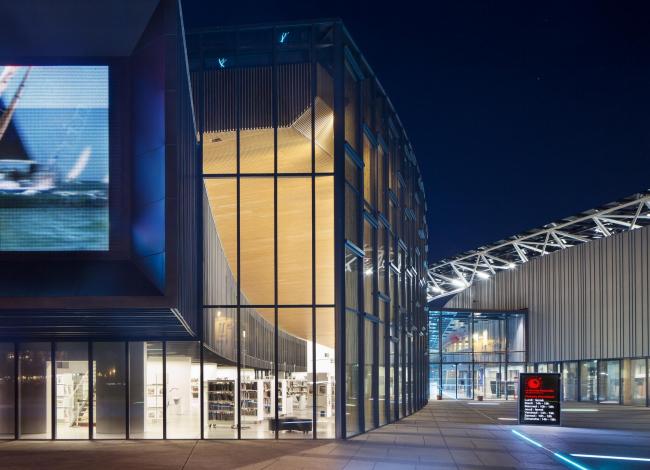 Культурный центр La Grande Passerelle. Фото: Luc Boegly © Architecture-Studio