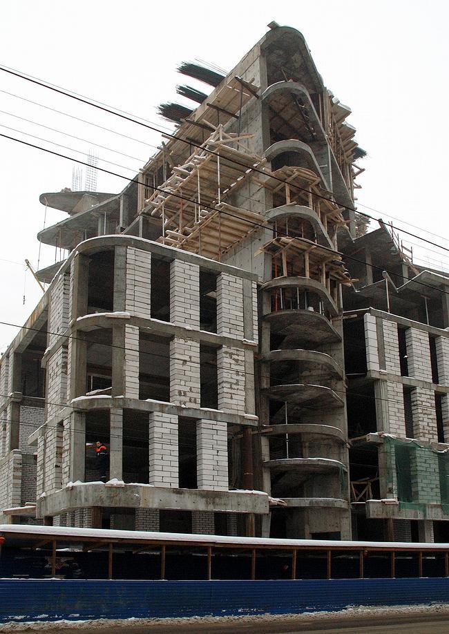 Строительство административного здания на пересечении улиц Фрунзе и Б.Печерская  ТМА «Пестова и Попова».