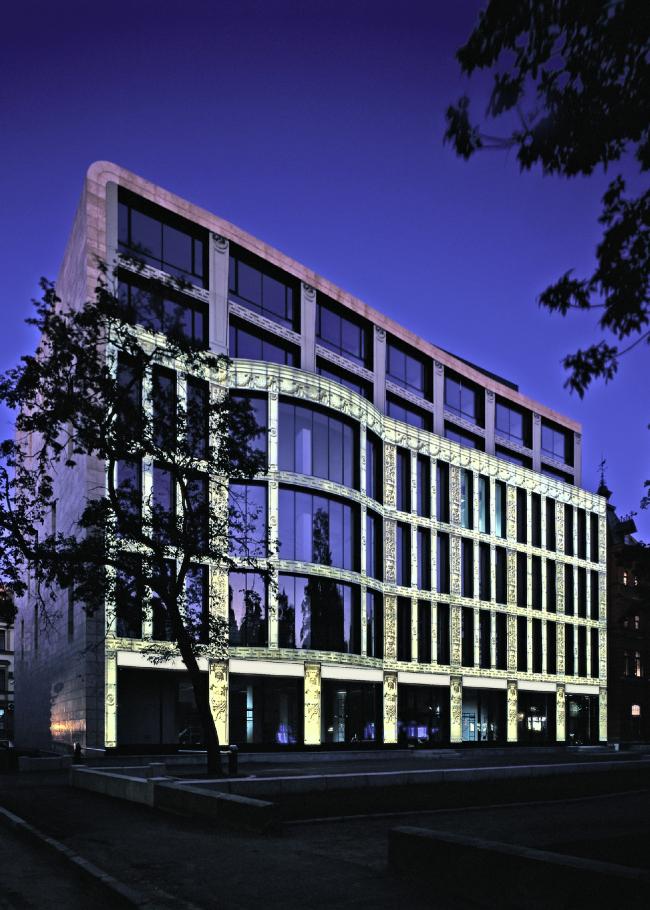 Бизнес-центр «Лангензипен». Фотография © Bernhard Kroll