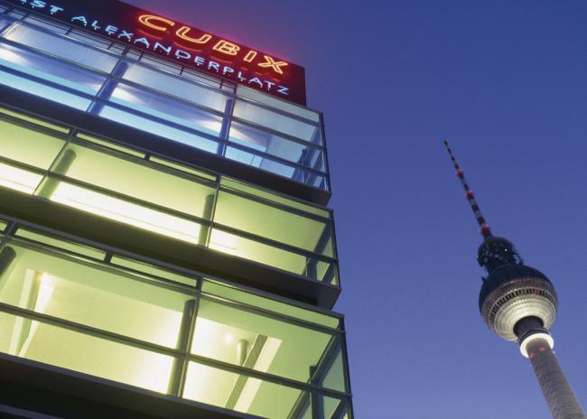 Кинотеатр Cubix. Фотограф © Florian Bolk
