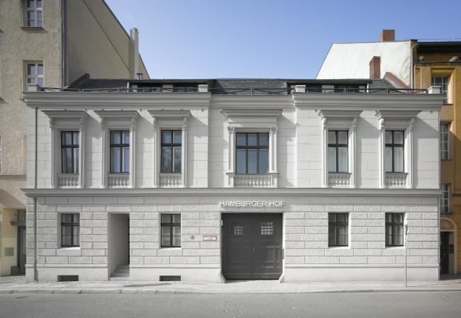 Комплекс Hamburger Hof. Постройка, 2010. Фотография © Roland Halbe