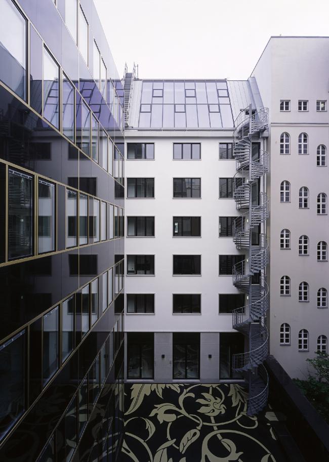 Офисное и торговое здание Унтер-ден-Линден в Берлине. Фотография © Christian Gahl