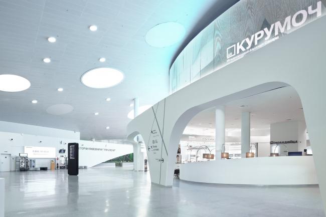 Интерьер нового терминала международного аэропорта Курумоч в Самаре ©VOX Architects, фотограф Сергей Ананьев